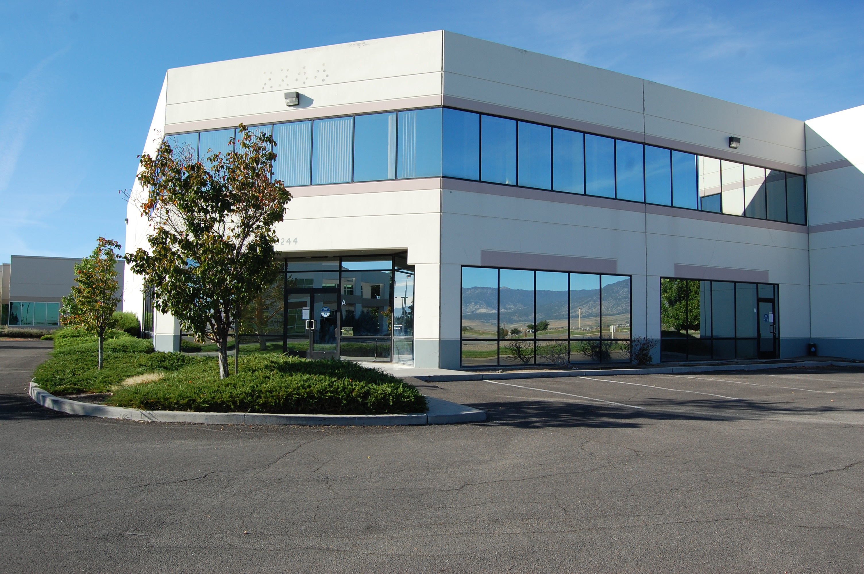 Industrial warehouse office building in minden nv - Office industrial ...